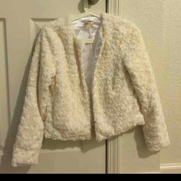 H&M Jackets & Blazers - H&M Faux Fur jacket